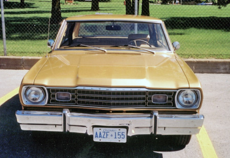 1973-1974 Valiant, Duster and Scamp used this grille.